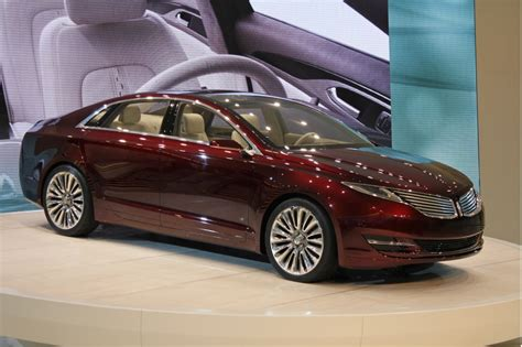 2014 Lincoln Town Car Release Date