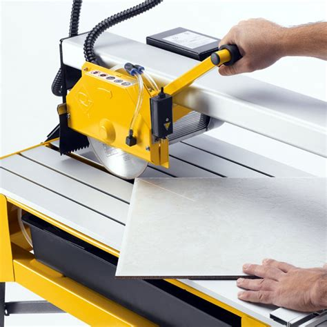 cutting glass mosaic tile with saw tile saw the tile home guide