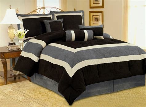Mens Bed Comforters  Modern Man Bedroom Design With Black