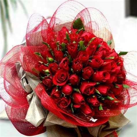 rosenstrauss fuer ein valentinstag  rot archzinenet