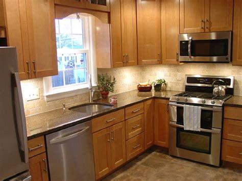 shaped kitchen design ideas small  shaped kitchen