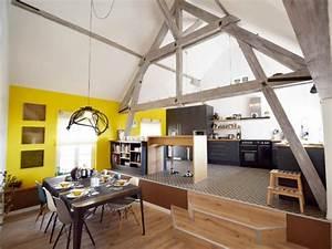 Une maison alsacienne retrouve charme lumiere et couleur for Salle de jeux maison 1 une maison alsacienne retrouve charme lumiare et couleur