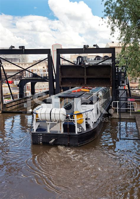Boat Lift Financing by Anderton Boat Lift Stock Photos Freeimages
