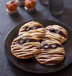 Recette Apéro Halloween : pizza momie pour halloween les meilleures recettes de cuisine d 39 d lices ~ Melissatoandfro.com Idées de Décoration