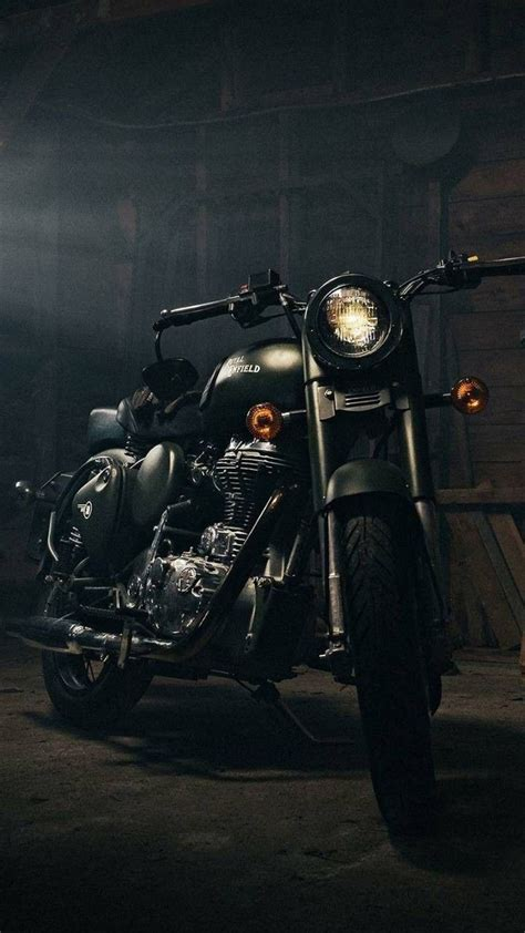 Royal Enfield Bullet 350 4k Wallpapers by Royal Enfield Wallpapers Hd Background Images