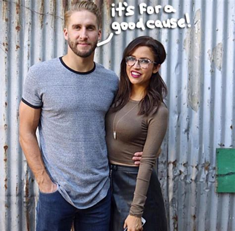 The Bachelorette's Shawn Booth Gears Up For Movember ...