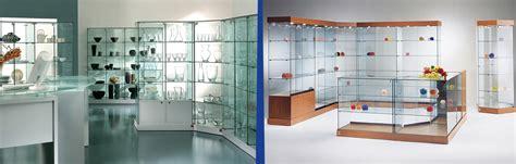 vetri per ladari produzione realizzazione vetrine su misura per negozi roma