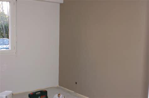 chambre couleur taupe et beige chambre blanc beige taupe design de maison