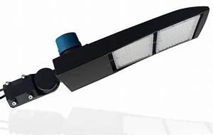480v Parking Lot Light- 40 000 Lumen - 300 Watt