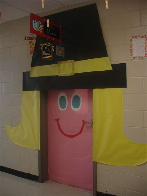 Thanksgiving Classroom Door Decorations by 17 Best Ideas About Thanksgiving Classroom Door On
