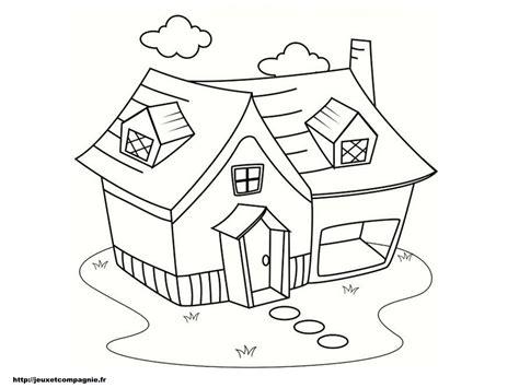maison de cagne dessin coloriages de maisons