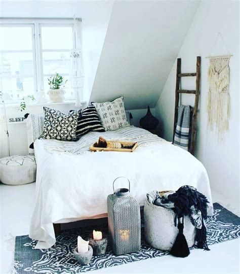 Bedroom Decor by 21 Bohemian Chic Bedroom Decor Ideas Royal Furnish