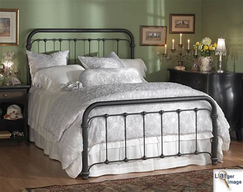 iron beds  american iron bed  braden iron bed