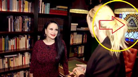 cantanti illuminati la biblioteca ocultista de la cantante illuminati alaska
