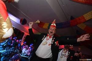 Lampenwelt Schlitz Jobs : erster ramba zamba in haunehalle 600 narren feiern ab burghaun osthessen news ~ Markanthonyermac.com Haus und Dekorationen