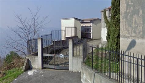 Comune Di S Angelo A Cupolo by Sant Angelo A Cupolo Vandali Nel Cimitero Di Montorsi