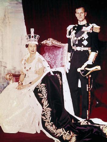 coronation  queen elizabeth ii photo  pictures