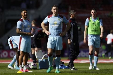 Burnley vs Manchester United live streaming: Watch Premier ...