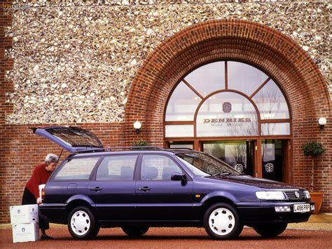 Images Of Volkswagen Passat Variant Uk Spec B4 199397
