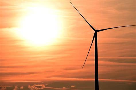 Ветросолнечная электростанция . ваш солнечный дом