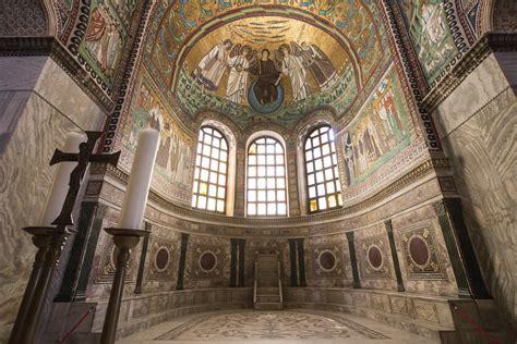 Presbyterium of San Vitale | The gorgeous apse of San