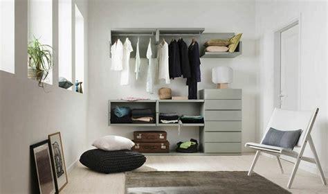 idee dressing chambre chambre avec dressing exposez votre collection de mode