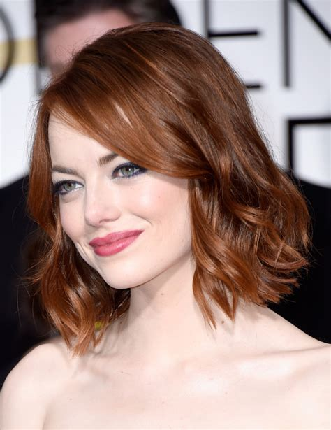 Emma Stone Short Wavy Cut Emma Stone Looks Stylebistro