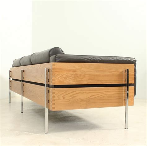 Robin Day Sofa Brokeasshome