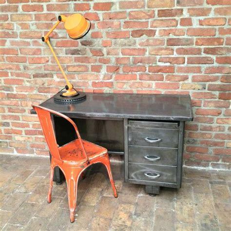 bureau industriel vintage ancien bureau industriel en métal magnifique patine