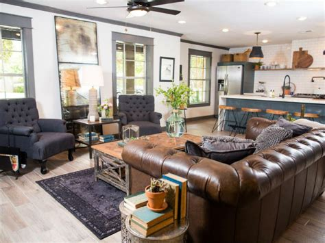 Standard Suburban 70s House Turned Retreat by A Standard Suburban 70s House Turned Into A