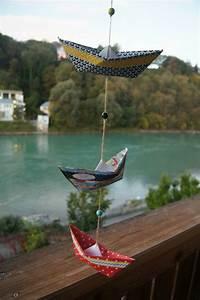 1001 ideen fur fensterdeko sommer zum selber machen for Französischer balkon mit sonnenschirm aus papier basteln