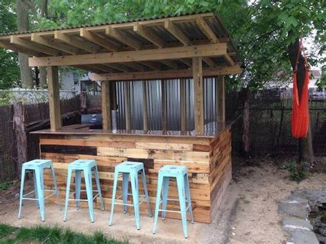 Outdoors Bar : Creative Old Pallets Outdoor Bar Ideas