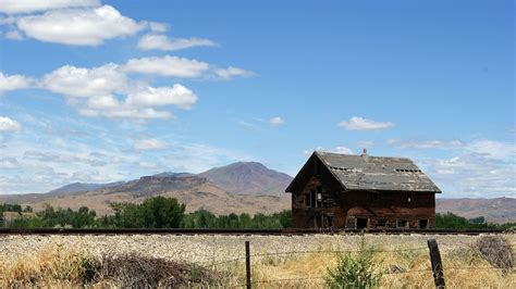 Old Barn Behind Emmett Hospital Photo