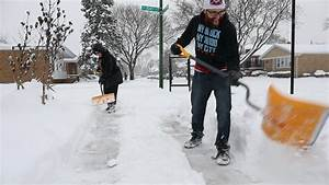 Chicago sees 9 straight days of snowfall, matching record ...