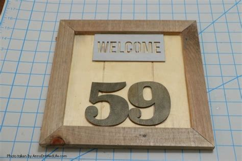 diy farmhouse house numbers sign