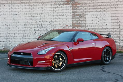 2018 Nissan Gt R Track Edition Quick Spin Photo Gallery