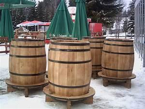 Tonneau En Bois : tonneau en bois pour le vin butoi din lemn pentru vin ~ Melissatoandfro.com Idées de Décoration