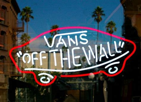 anivide gallery wallpapers vans off the wall cosas para