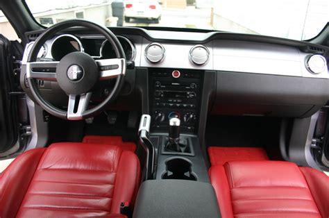 fs ford mustang gt premium tungsten grey  red