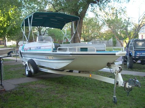 Lowe Deck Boats For Sale Used by Lowe Sport Deck Boat 1995 For Sale For 8 000 Boats From