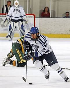 File:Air Force vs. University of Alberta hockey.jpg ...