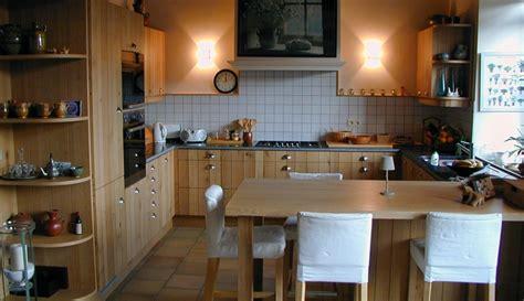cuisines equipees réalisation de cuisines équipées sur mesure cuisiniste