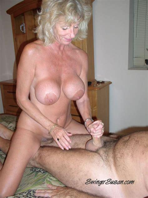 Milf Swinger Mom Susan