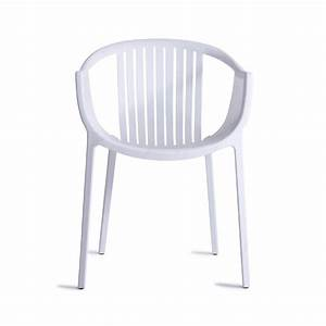 Claudio dondoli plastic garden chair from mdm furniture uk for Plastic garden chairs