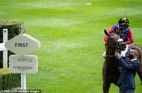 The Queen's horse, Tactical, to have another go at a group ...