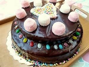 Décorer Un Gateau Au Chocolat : comment decorer un gateau au chocolat avec des bonbons secrets culinaires g teaux et ~ Melissatoandfro.com Idées de Décoration