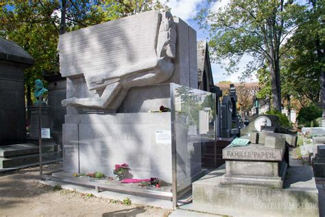 pere lachaise cemetery gardens parisianist city