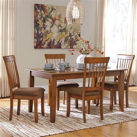 Ashley Furniture Berringer 5piece 36x60 Table & Chair Set
