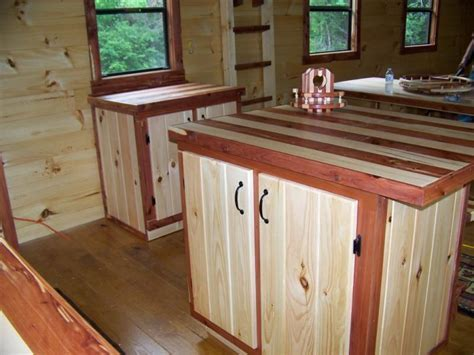 Trophy Amish Cabins, LLC   INTERIORS