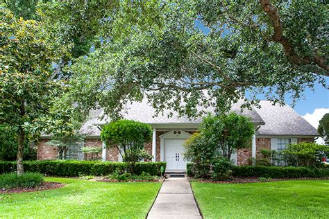 4 bedroom 2244 sf home for sale in league city clear